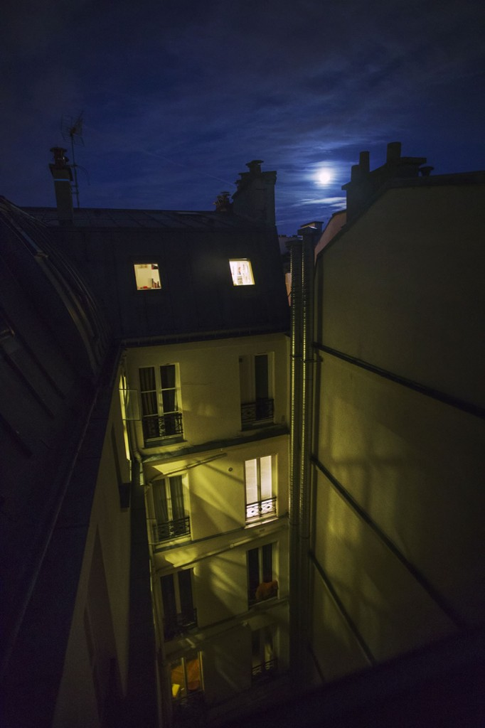 Moonrise from the 7th floor, deep in the heart of Paris, at the end of rue de la Lune.