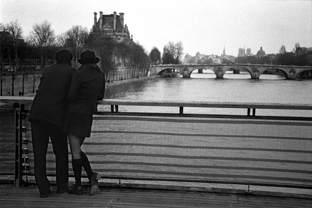 Standing on the Pont Solferino, looking east over the Seine.  The Louvre is straight ahead, and the belle towers of Notre Dame de Paris can be seen past the distant bridges to the right.  One of the very first photos I took of Paris, at the time the dream to live here was burning inside me like a motor.