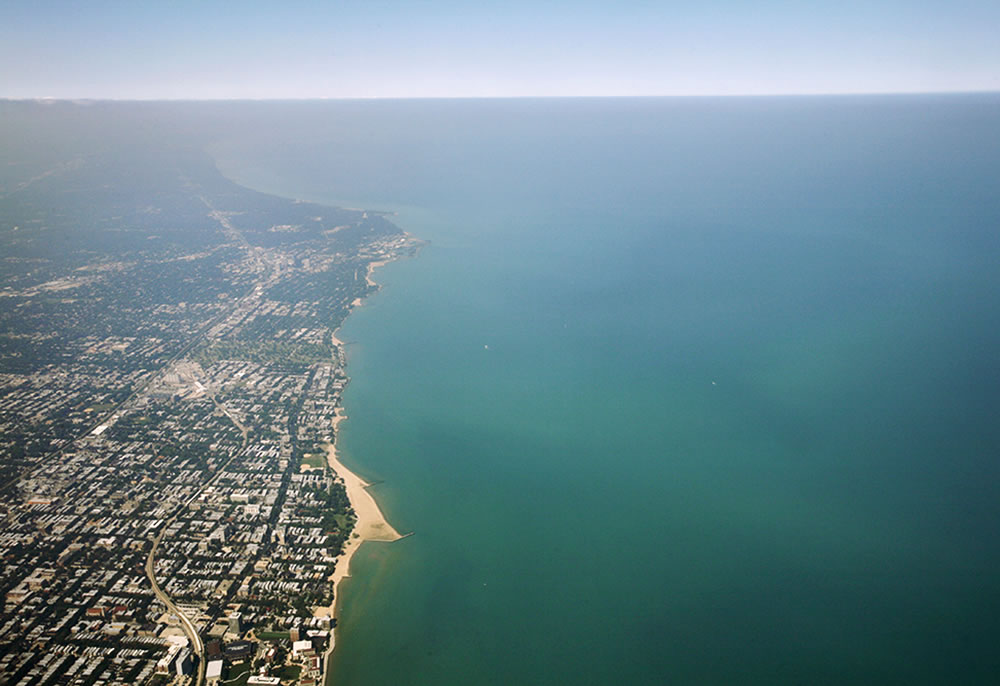 Clear skies over Lake Michigan and Chicago's north shore.