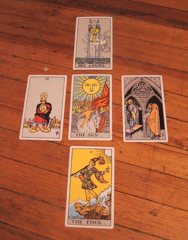 Five card spread.