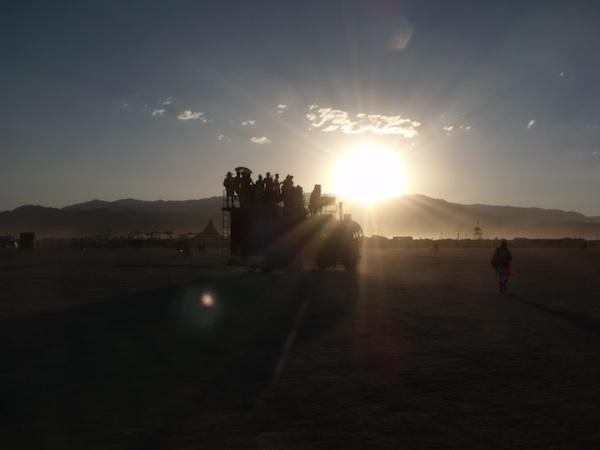 600+sunspot_car_burning_man_aug2012DSCF6530