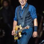 420px-Bruce_Springsteen_-_Roskilde_Festival_2012.jpg